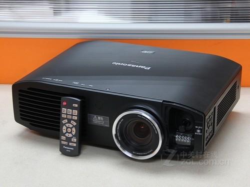 松下 PT-HZ900C 外观图