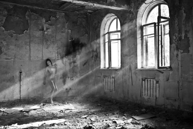【高清图】 致命诱惑 揭秘人体摄影师与裸模的一天图34
