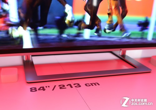 IFA2013:东芝超薄84英寸UHD智能电视