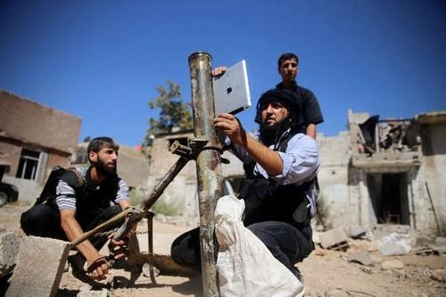 强悍!叙利亚反对派用iPad为迫击炮定位