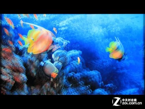 MHL+3D 1080p投影机 爱普生TW5200首测