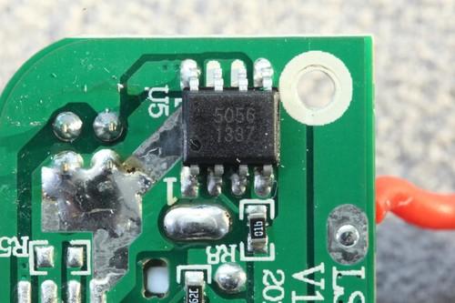 器件内部采用pmosfet架构,应用时不需要外部另加阻流二极管.