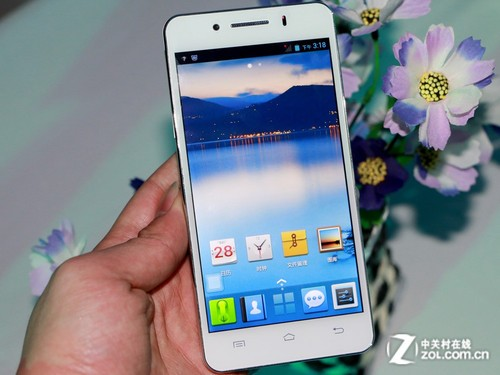 中国好美手机 八核北斗青葱X1在京发布
