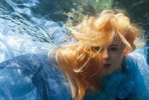 国外摄影师h2photography水下人像摄影-中关村在线