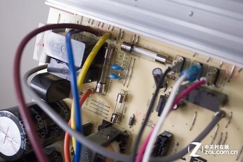 家电 正文  三菱重工srfgc50hvbg空调电路板电子元件采用倒置,同样起