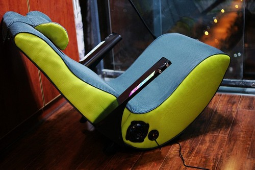 入手超拉风智能电脑椅 水獭微微椅分享