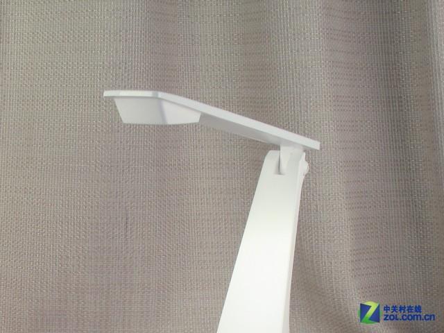 简约节能照明 松下LED可折叠台灯图赏