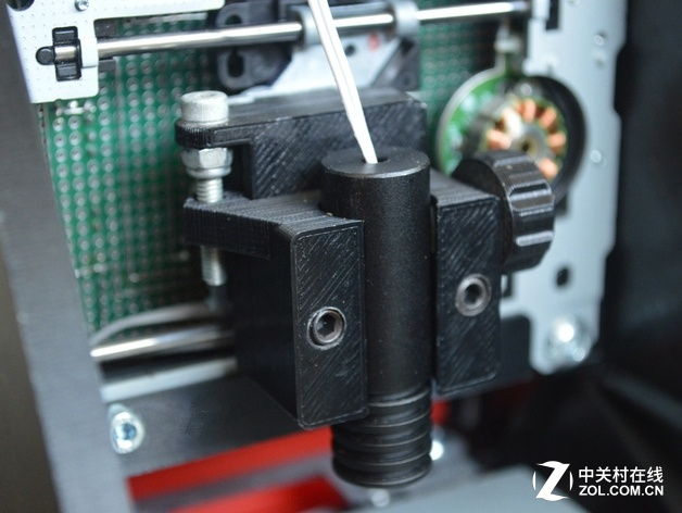 20美元可3d打印制作一台微型激光雕刻机 (2/3)