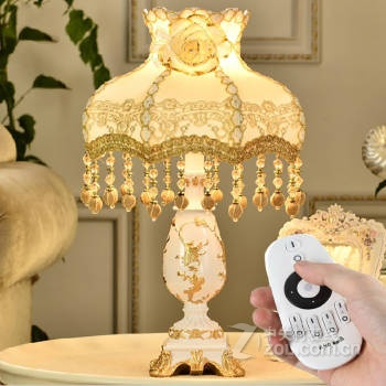 遥控可调光调色欧式台灯卧室床头灯公主田园创意结婚