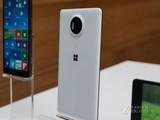微软Lumia 950 XL实拍图
