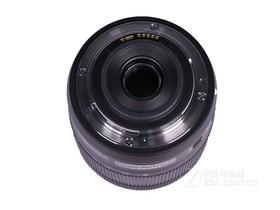 佳能EF-S 18-135mm f/3.5-5.6 IS USM底部