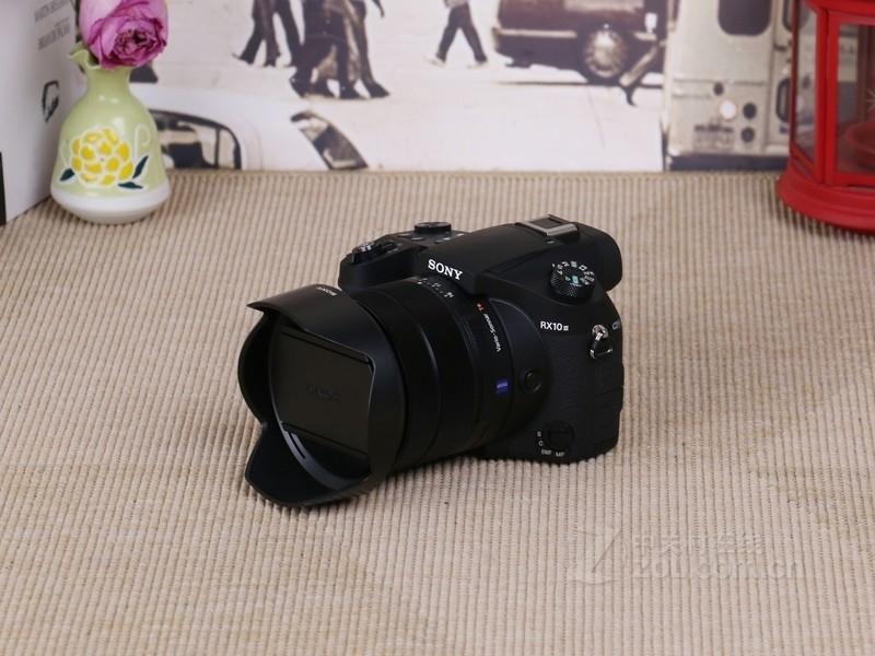 索尼黑卡相机 索尼RX10 III特价8414元