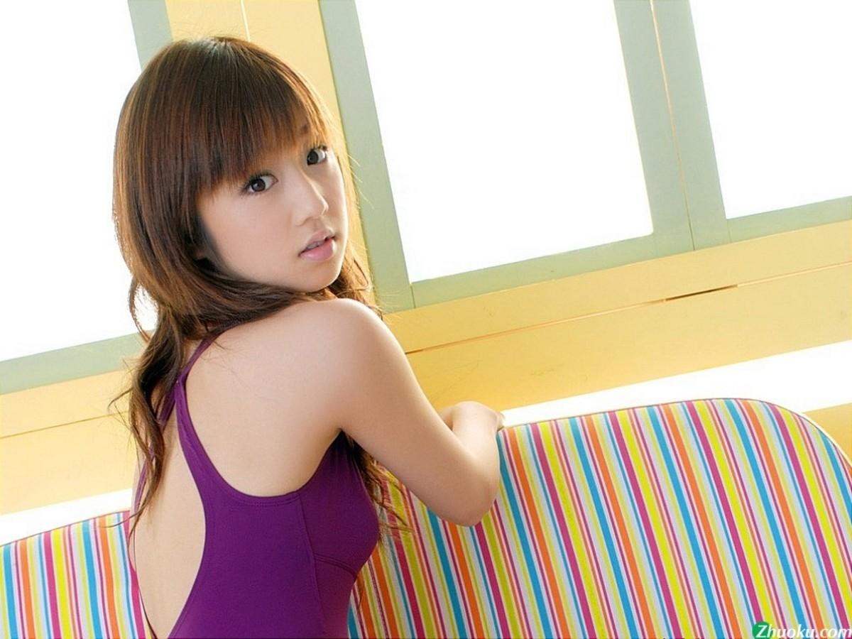 【高清图】超甜美可爱!小仓优子比基尼精美写真 图2