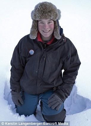 德女摄影师历时7年深入荒原拍摄北极光魅影