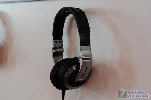 dj专用耳机_DJ发烧友专用 先锋监听耳机亮相音响展-先锋,Pioneer,HDJ-1000 ——快 ...