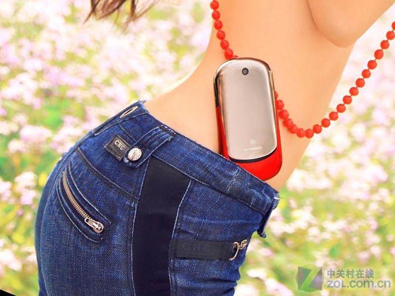 【高清图】翘臀小蛮腰 联想乐Phone美女激情