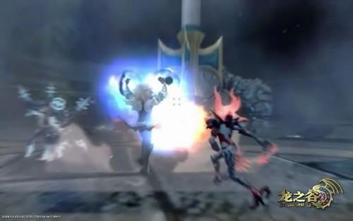 贤者40级技能:雷神之锤   召唤凝聚神圣力量的巨锤,粉碎一切