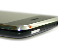 海量内存 行货32G版iPhone 3GS跌破4K元