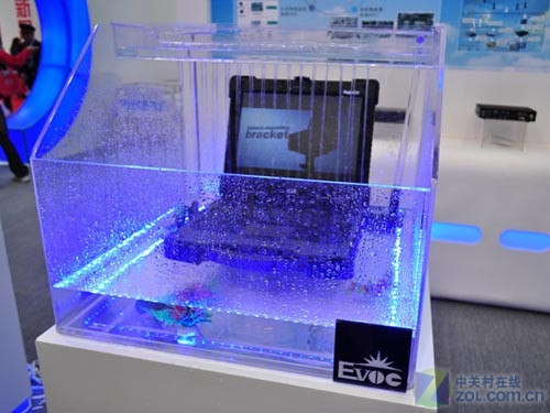 嵌入式工控机 华普信工控机还是在于既能够符合现代工业发展的实用性的要求