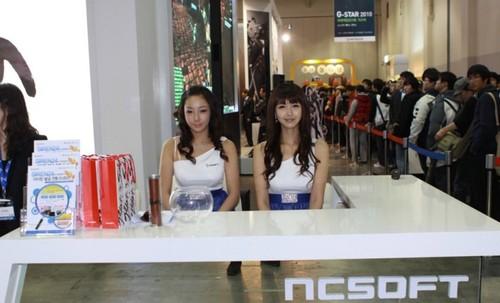 韩国Gstar游戏展 各大展台美女集锦