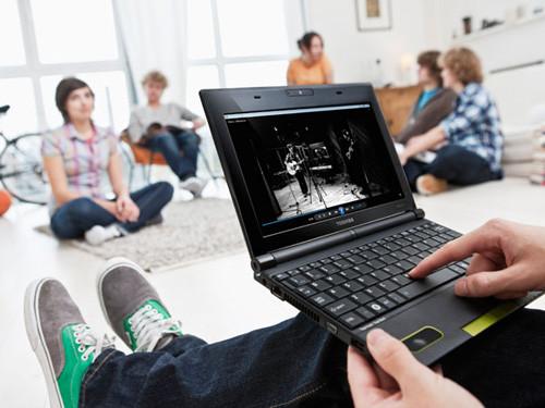 东芝发布NB520上网本 配高端音响系统