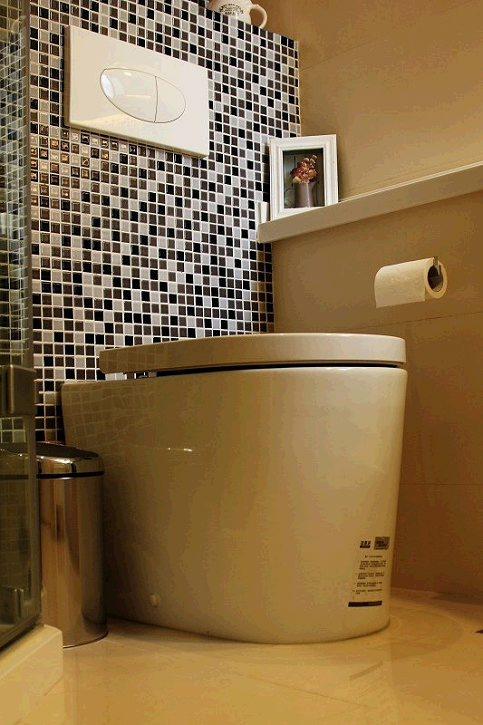 风格简约的卫生间图片