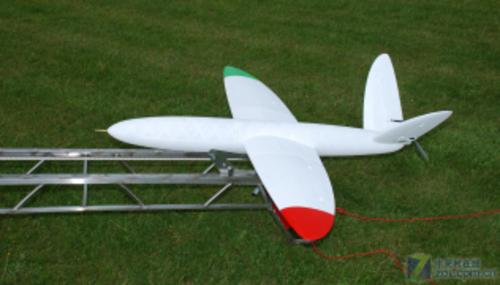 用尼龙也可打印出时速160公里的飞机
