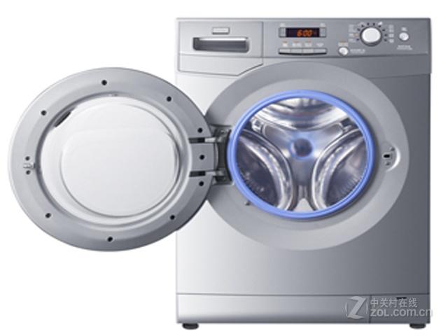 海尔洗衣机XQG60-10866外观设计很是简约大气,将流行和美学完美的结合在一起,第一次见到它时,就让人眼前一亮。时尚中透露着一丝稳重的感觉。 泡沫自检:智能感知漂洗水中的泡沫份量,一旦过多,显示屏上自动显示泡沫过多,洗衣机就会自动增加漂洗次数,直至漂洗干净为止,有效避免洗涤剂残留刺激皮肤。 防皱免烫技术:当程序运行到软化程序时,洗衣机不排水,衣物浸泡在水中,以免产生褶皱。AMT防霉抗菌窗垫:新型蓝色抗菌防霉窗垫,抗菌率高达99%,防霉等级为零级。有效保证窗垫再长期使用过程中不易滋生霉菌,避免衣