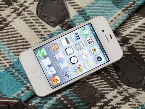 iPhone 4S 白色 正面图
