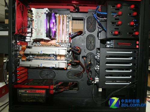 而mini-itx主板只需要200w左右的电源就足够了