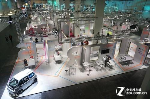 CeBIT 2012:富士通展触手可及未来IT