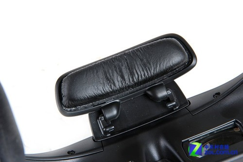 索尼头戴影院系统HMZ-T1评测