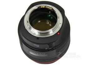 佳能EF 85mm f/1.2 L II USM底部