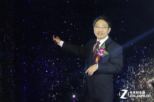 东芝发布四大系列彩色笔记本 姚晨现身