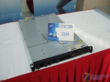 IBM新款四核机架式服务器