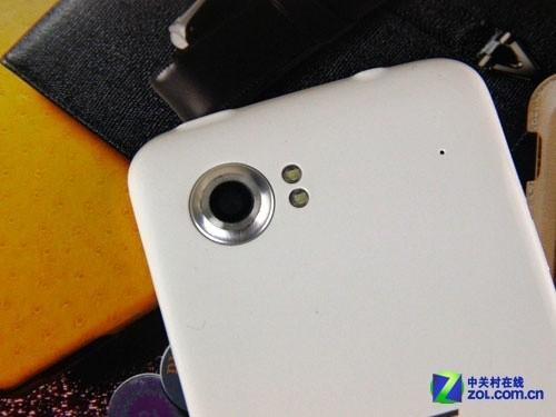 4.3吋IPS屏双卡Android4.0 三巨网U8图赏