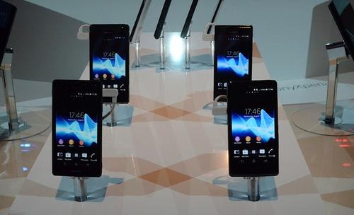 索尼发布四款Xperia系列手机和平板