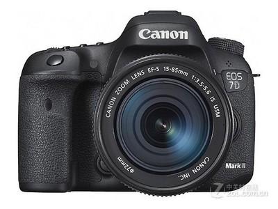 *行货,顺丰包邮!佳能 7D Mark II套机(15-85mm):10400元,搭配18-135STM镜头:8700元,单机仅售:6800元。