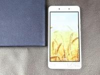 中国移动A3S 移动 旭日金 2GB+16GB游戏运行流畅 京东中国移动手机官方旗舰店在售799元 (有赠品)