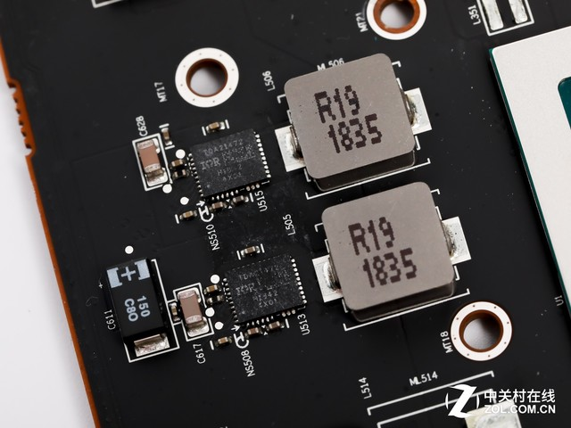 大道至簡 如7而至 AMD RADEON VII首測