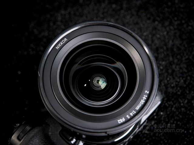 黄金广角变焦镜头 尼康Z 14-30mm f/4值得买