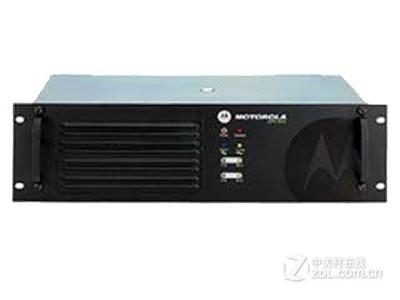 摩托罗拉 XiR R8200 对讲机